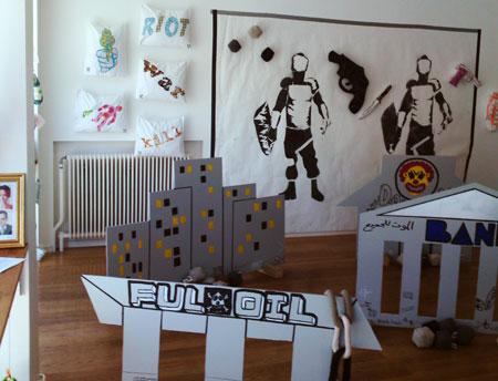Utställningen är utformad som en spelplan