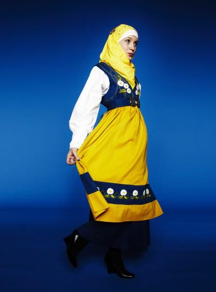 Moder Svea hijab