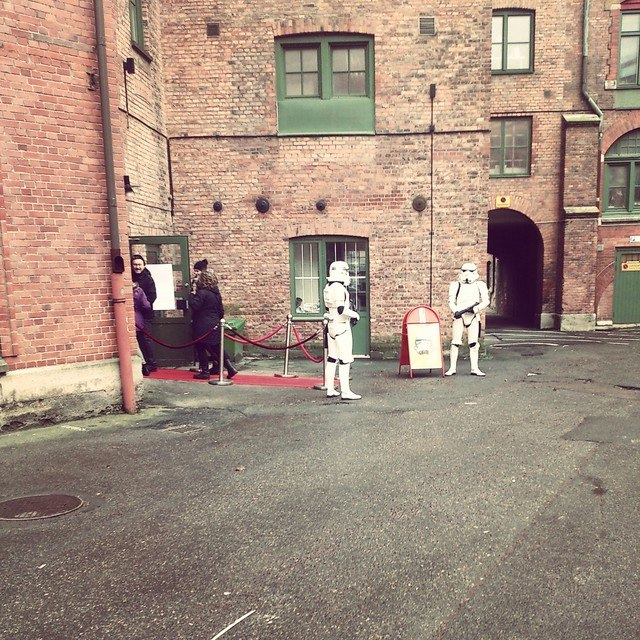 Stormtroopers välkomnar till 3:e Våningen. Foto: Johan Anderson